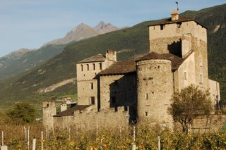 Il castello di Sarriod de La Tour, Saint-Pierre, Valle d'Aosta.